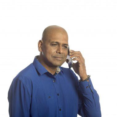 Afbeelding bij 'Man met telefoon'